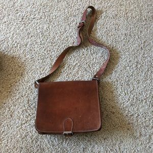 Handbags - Vintage crossbody brown leather bag